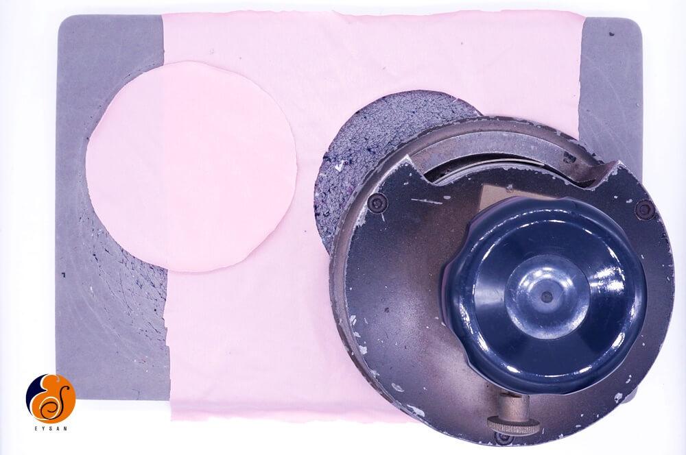 fabric-weight-circular-cutter